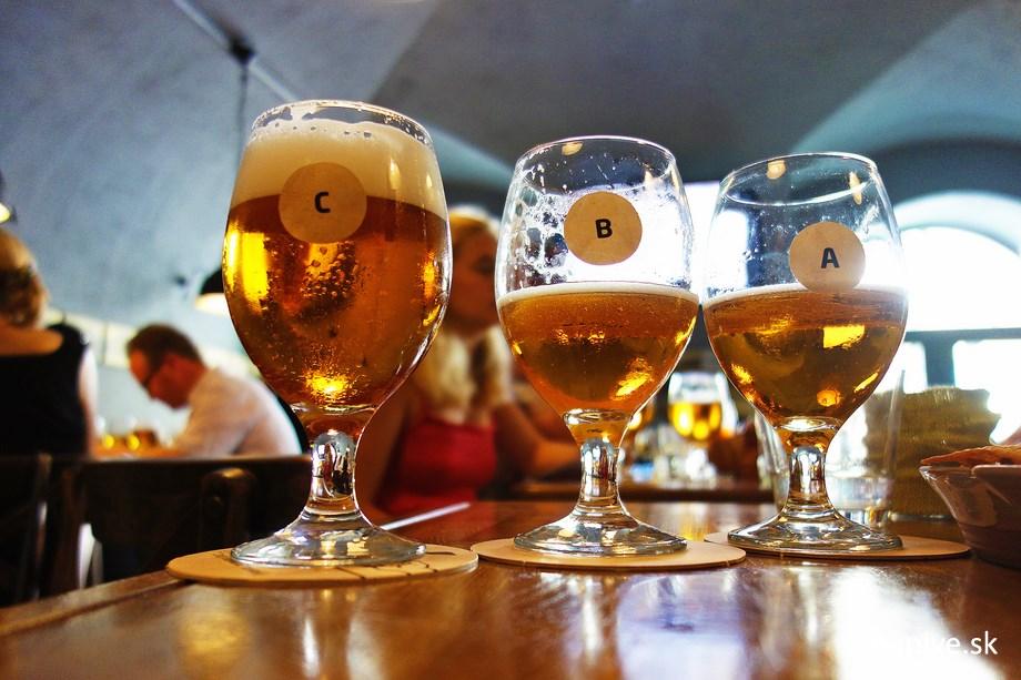 Tri vzorky piva v Klubovni