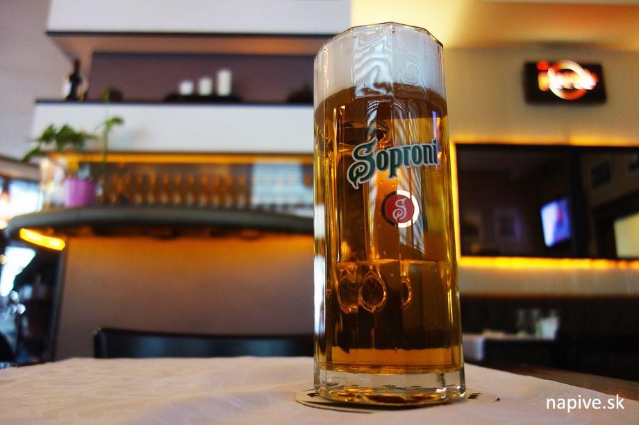 Soproni svetlé pivo