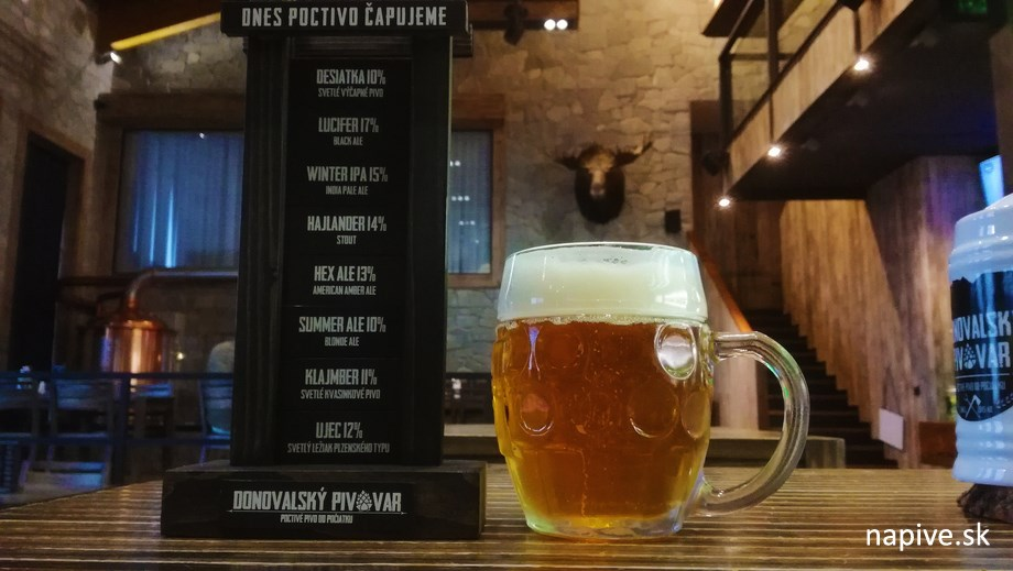 Ujec 12-ka pivo v Donovalskom pivovare