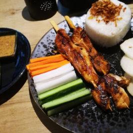 Satay Ayam v Enak Bistre