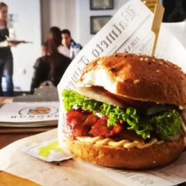 Hangover Burger v Burger Club Trnava