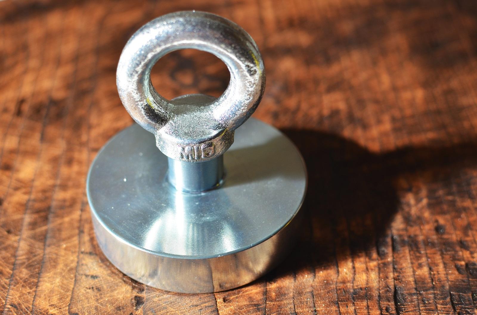 Silný magnet 290 kg