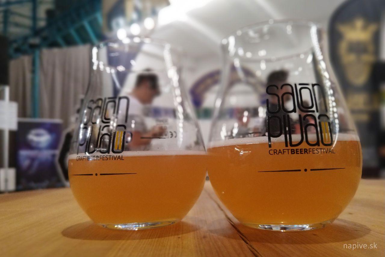 U Ábela: Jahodovo-bazové pivo